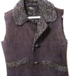 New women's Wooley Bully vest jacket, stylist black synthetic, size med. snugly…