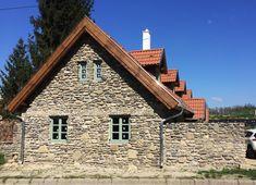 1 éve kezdtük- itt tartunk most Chalet Style, Traditional House, Provence, Countryside, Cement, Farmhouse, Exterior, Architecture, House Styles