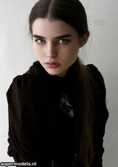 (Model) Ali Michael