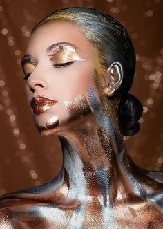 Metallic editorial makeup. Gold | Bronze |Chrome