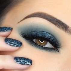 24 Sexy Eye Makeup Looks Give Your Eyes Some Serious Pop - Gorgeous matching eye makeup and nails #makeup