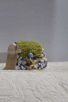 Borsellino in fettuccia e lana