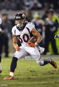 News Photo : Phillip Lindsay of the Denver Broncos carries the. Nfl Broncos, Denver Broncos Football, College Football, Seattle Seahawks, Pittsburgh Steelers, Nfl Football Games, Football Season, Football Players, Denver Broncos Merchandise