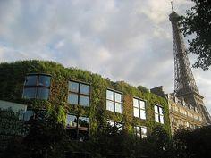 Vegitechture: Famous Plant Building, Paris, France