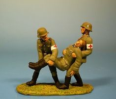 Lineol by Duscha - Wehrmacht - Rescued by Medics - 70 mm figures in Toys & Hobbies, Toy Soldiers, 1970-Now | eBay