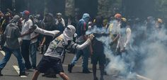 Five killed in Venezuela as protesters kick against new congress    Clashes between Venezuelan security forces and demonstrators, have  k...