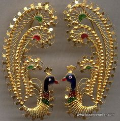 Ear tops in Peacock-design -Indian [Bengali] traditional gold jewelry New Gold Jewellery Designs, Gold Earrings Designs, Jewelry Design, Jhumka Designs, Necklace Designs, Gold Wedding Jewelry, Bridal Jewelry, Silver Jewelry, Wedding Earrings