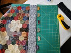 Hexagon border tutorial. I'm so glad I found this! :) I have an old hexagon quilt top that I'd like to finish.