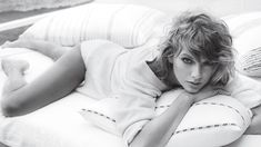 Taylor Swift gracesGQ's November cover in a sexy beachside shoot with photographer Michael Thompson