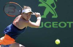 Simona Halep a ratat calificarea în semifinalele Miami Open Miami, Simona Halep, Tennis Racket, Sports, Hs Sports, Sport