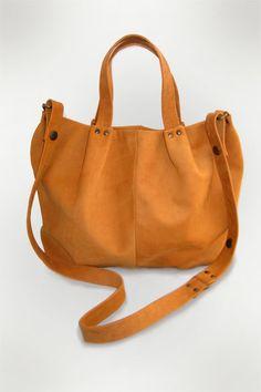 Handbag Wrinkle by Nikki Giling