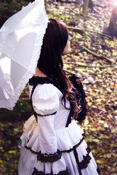 #lolita #umbrella #blackandwhite #forest