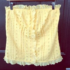 """Moda International Cotton Ruffle Eyelet Top Ruffle eyelet top. Yellow is more vibrant and pretty than pictured. 100% Cotton. Bust: 36"""", Waist: 34"""", Hips: 39"""", Length: 19.5"""". Moda International Tops"""