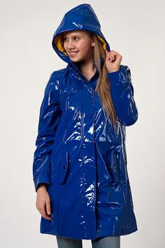 blue pvc hooded raincoat | Vero Moda - Blue Belles Girls - vinyl64 - Photos - Club Doctissimo