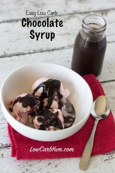 Need a low carb sugar free chocolate syrup recipe to use for making chocolate milk and as an ice cream topping? It's super easy to make your own. Chocolate Syrup Recipes, Sugar Free Chocolate Syrup, Low Carb Chocolate, Making Chocolate, Keto Friendly Desserts, Low Carb Desserts, Low Carb Recipes, Dessert Recipes, Paleo Dessert