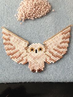 Owl with spread wings Seed Bead Patterns, Beaded Jewelry Patterns, Perler Patterns, Peyote Patterns, Beading Patterns, Fuse Beads, Hama Beads, Harry Potter Perler Beads, Diy Broderie