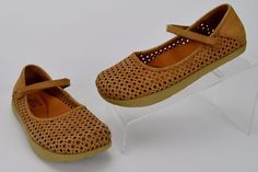 Kalso Earth Women's Size 5.5 M Solar 3 Tan Perforated Suede Mary Janes Shoes #KalsoEarthShoe #MaryJanes #Casual