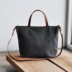 CARRY BAG waxed canvas by bookhouathome on Etsy