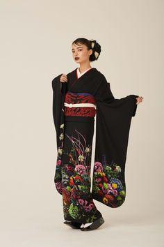 """中目黒の着物屋カプキ、""""生涯着られる""""振袖「ゆえん」を発表 Ethnic Fashion, Kimono Fashion, Asian Fashion, Fashion Outfits, Kimono Japan, Japanese Kimono, Japanese Outfits, Japanese Fashion, Kimono Outfit"""