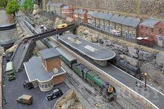 N Scale Model Trains, Model Train Layouts, Scale Models, Escala Ho, Train Miniature, Garden Line, Ho Trains, Real Model, Shed Design