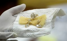 jewellery seized by the Philippine government from former first lady Imelda Marcos, at the Central Bank headquarters in Manila Central Bank, Jewelries, Manila, Asian Art, Bling Bling, Philippines, Royals, Jewelry Collection, Diamonds
