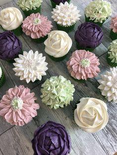 I love making flower cupcakes