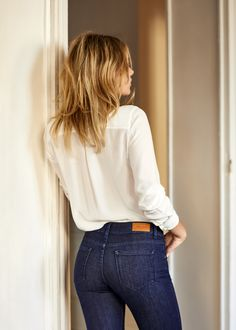 Sézane 2001 - The Perfect Slim, best looking butt in jeans Eleonore Toulin, Jean Sexy, Flannel Lined Jeans, Casual Outfits, Fashion Outfits, Famous Girls, Best Jeans, Girls Jeans, Sexy Hot Girls