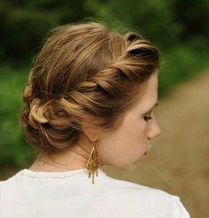 peinado con moños para damas de honor