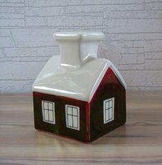 Arabia candle holder, red house, Heljä Liukko-Sundström