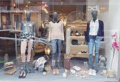💓Vitrine de Liege 🔝✔️ Rose/Bleu marine/ gris 🔜 en avant! 👀Des prix ronds sont toujours dispo dans nos boutiques 🔚