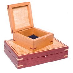 Fine Craft Wood Boxes by Robert Jakobsen - Nanaimo, BC. Member of the Alberta Craft Council.