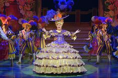 Image result for pantomime dame dress Aladdin Costume, Jack And The Beanstalk, Pantomime, Costumes, Costume Ideas, Dresses, Snow White, Fairy, Image
