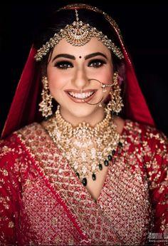 Indian Bridal Makeup, Bridal Makeup Looks, Bridal Looks, Bridal Beauty, Wedding Makeup, Bridal Hair, Pink Lehenga, Bridal Lehenga, Lehenga Blouse