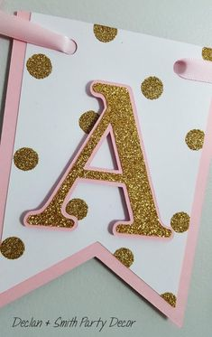Pink and gold first birthdaypink and gold minnie mousepink Diy Birthday Banner, First Birthday Decorations, Birthday Party Decorations, Birthday Parties, Minnie Mouse Pink, Minnie Mouse Party, Mouse Parties, Gold Party, Unicorn Party