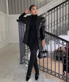 All Black Outfit, Fall Winter Outfits, Fashion Killa, Winter Wardrobe, Trousers, How To Wear, Fall Clothes, Beauty, Collection