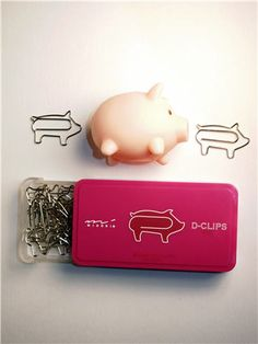 Pig Paper Clips - make me so happy!