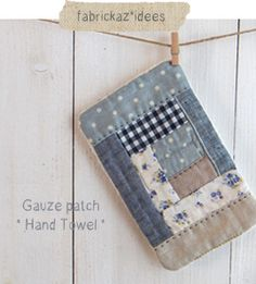 Sweet and simple mini quilts. Small Quilts, Mini Quilts, Quilting Projects, Sewing Projects, Pochette Diy, Japanese Sewing, Doll Quilt, Patch Quilt, Mug Rugs
