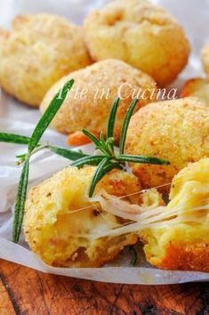 Cooking for everyone and everyday I Love Food, Good Food, Yummy Food, Antipasto, Veg Appetizers, Cooking Recipes, Healthy Recipes, Italian Recipes, Frittata