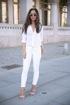 Dieses Sommeroutfit können Sie im Büro und im Alltag tragen