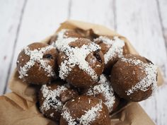 The best recipes for VEGAN HOT CROSSED desserts - Raw Cross Buns