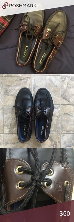 Sperry Topsider Boat Shoe Perfect condition Sperry Topsider boat shoe. Size 10W Sperry Shoes Boat Shoes