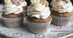 Mrkvové cupcakes s javorovým sirupem Brownie Cupcakes, Mini Cupcakes, Muffins, No Bake Pies, Baked Goods, Tea Time, Cheesecake, Deserts, Food And Drink