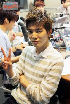 Sungjong at Choi Hwa Jung's Power Time