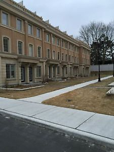 Furnished Executive Townhouse at Sunnybrook Hospital City of Toronto Toronto (GTA) image 1