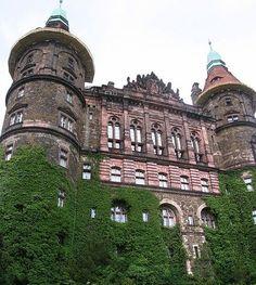 Książ (German: Schloss Fürstenstein) is a castle in Silesia, Poland in Wałbrzych / Książ Landscape Park. Built: 1288-1292. The western facade.
