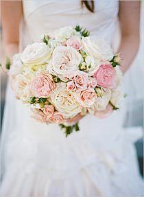 secret garden white and pink wedding bouquet flowers Spring Wedding Bouquets, Spring Bouquet, Bride Bouquets, Wedding Dresses, Pink And White Weddings, Gray Weddings, Roses David Austin, Floral Wedding, Wedding Flowers