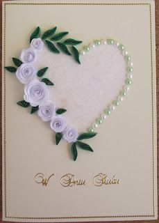 quilled roses + pearl, must try to do thi s one W Robin Robótkowy world wedding Pin by Margaret wright on Quilling designs beautiful This card looks so simplistic but beautiful Flower and heart card 28 Super ideas for wedding card craft ideas simple Use Paper Quilling Cards, Paper Quilling Patterns, Quilling Craft, Paper Quilling Flowers, Quilled Roses, Quilled Creations, Wedding Cards Handmade, Engagement Cards, Quilling Techniques