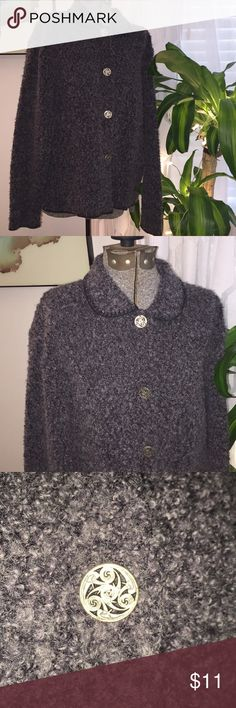 Warm LADIES SWEATER WOOL Fall Grey Medium BUTTON So perfect for fall!  Long sleeve CARDIGAN sweater with front decorative buttons.  Excellent condition no damage stains or snags.  69% acrylic / 21% Wool / 10% Poly. Harry and David's Northwest Express Sweaters Cardigans