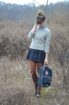 I really love this quintessential school girl look!