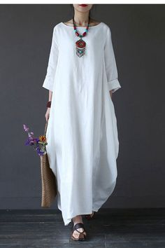 """Clothes will not shrink,loose Cotton fabric, soft to the touch.Care: hand wash or machine wash gentle, best to lay flat to dry.Material: Cotton Linen  Weight:470gColour:WhiteModel size: Height/Weight: 168cm/49kg B/W/H(cm):84/68/90MeasurementLength: 130cm / 52""""Bust:116m / 45""""Sleeve Length:52cm / 21""""Shoulder Width:39cm / 15""""================&#x..."""